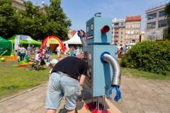 25.07.2021 Szczecin. Pl. Orła Białego. Projekt Kosmiczne Gry Podwórkowe. Fot.: Robert Stachnik.