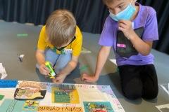Małpka Koko - warsztaty dla dzieci. Zdjęcia: Maja Olendzka.