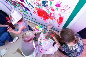 Po Ścianie Malowanie
